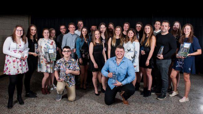 Le Cégep de Chicoutimi a rendu hommage récemment à ses étudiants dans plusieurs catégories lors du Gala reconnaissance de la vie étudiante 2017-2018.