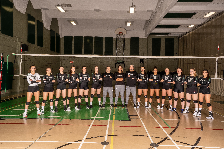 Équipe championne de la saison-Volleyball féminin division 2 - Saguenay-Lac-Saint-Jean - Côte-Nord - Couguars