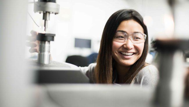 Étudiant en technologie de génie métallurgique.