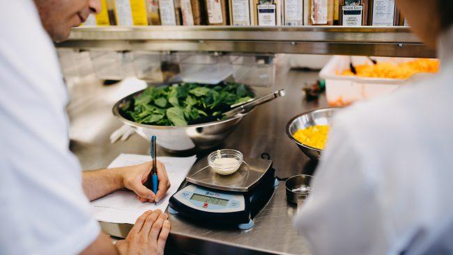 Les étudiants de première année en Techniques de diététique et transformation alimentaire du Cégep de Chicoutimi pourront bénéficier de l'Alternance travail-études (A.T.E.).